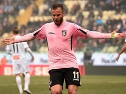 Alberto Gilardino, 33 anni, attaccante del Palermo, al sesto gol in stagione in serie A. Ansa