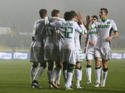 Domenico Berardi festeggiato dopo il gol all'Atalanta. Ansa