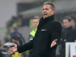 Sinisa Mihajlovic, 46 anni, durante il derby vinto 3-0 contro l'Inter REUTERS