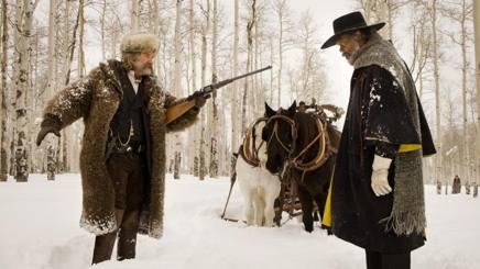 Kurt  Russel e Samuel Jackson in una scena de