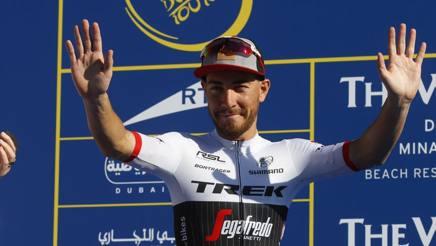 Giacomo Nizzolo, 27 anni, sul podio di Hatta Dam. Bettini