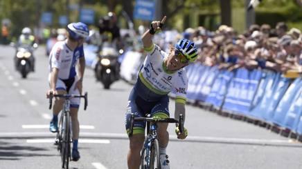 Caleb Ewan vince la seconda tappa del Sun Tour davanti all'americano Tanner Putt. Afp
