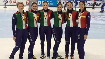 Da sinistra Arianna Fontana, 25 anni, Elena Viviani, 23, Cecilia Maffei, 31, Lucia Peretti, 25, Federica Tombolato, 21 e Arianna Valcepina, 21