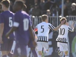 L'esultanza di Clemenza dopo il rigore dell'1-0 di Juventus-Fiorentina. LaPresse
