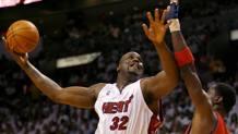 Shaquille O'Neal (oggi 43 anni) nel 2006, quando giocava a Miami. Reuters