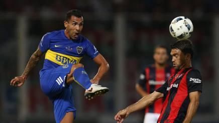 Carlos Tevez, ancora deludente col Boca. Epa