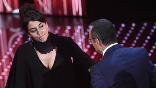 Miele con Carlo Conti sul palco dell'Ariston. Ansa