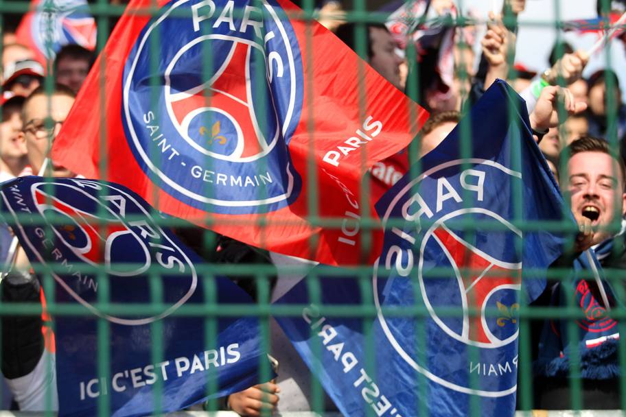 Bandiere del Psg a Troyes. Afp