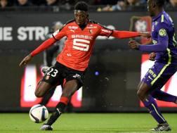 Ousmane Demb�l� del Rennes, 18 anni, 10 gol in 19 gare (14 da titolare) in Ligue 1. Afp