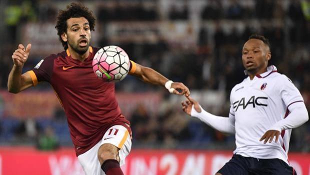 Tre pali e un gol per Salah contro il Bologna. LaPresse
