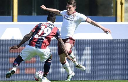 Belotti contro Constant. Getty
