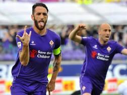 L'esultanza di Gonzalo Rodriguez dopo il gol dell'1-0. Ansa