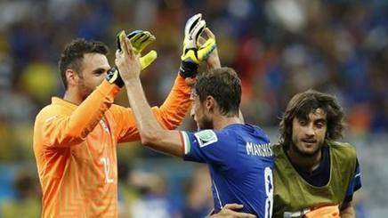 Claudio Marchisio e Mattia Perin con la maglia dell'Italia