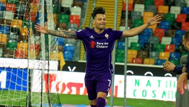 La gioia di Mauro Zarate (29 anni) dopo il gol del momentaneo pareggio. Ansa