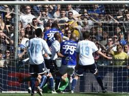Il gol del 2-1 della Sampdoria contro la Lazio. Getty