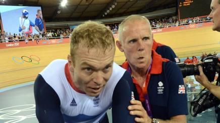 Shane Sutton (a destra) con Chris Hoy. Bettini
