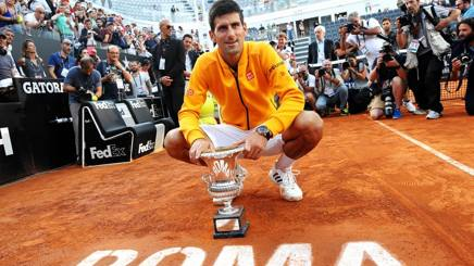Novak Djokovic trionfa a Roma nel 2015. Inside