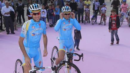 Vincenzo Nibali e Valerio Agnoli in una foto del 2013. Bettini