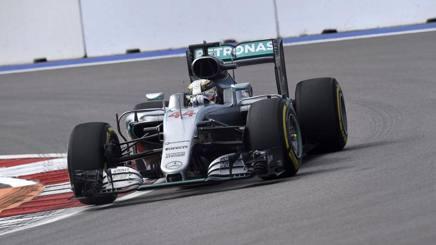 Lewis Hamilton, 31 anni, tre titoli iridati. Colombo