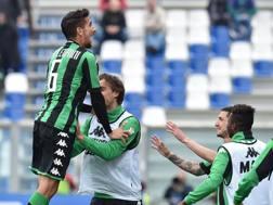 Il Sassuolo festeggia il gol vittoria di Pellegrini. Getty Images