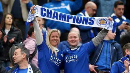 Tifose del Leicester allo stadio. Ap