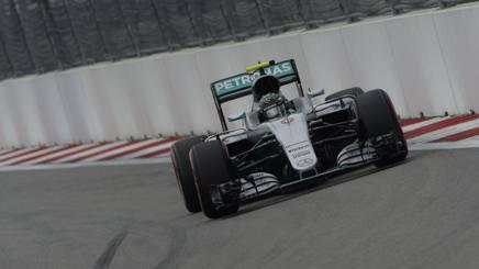 Nico Rosberg, leader del mondiale con la Mercedes. Colombo
