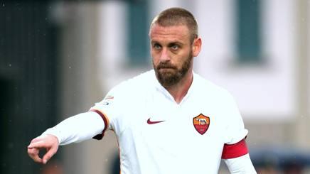 Daniele De Rossi, centrocampista della Roma. Forte