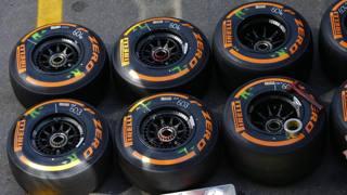 Le Pirelli hard pronte all'esordio a Montmel�. Epa