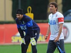 Antonio Conte e Gianluigi Buffon. Ansa