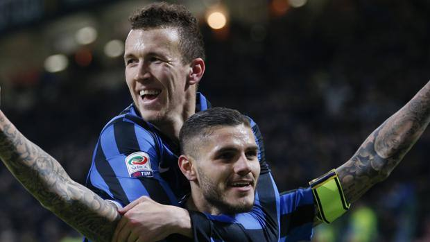 Ivan Perisic, 27 anni, e Mauro Icardi, 23 anni. Ap