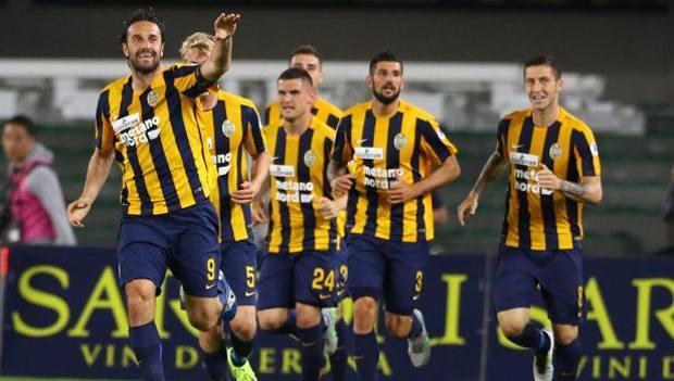 Verona festeggia Toni. Ansa