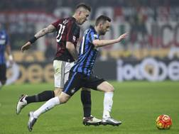 Juraj Kucka e Marcelo Brozovic. Getty