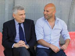 Maurizio Stirpe, presidente del Frosinone, con il tecnico Roberto Stellone. LaPresse