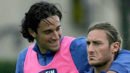 Luca Toni e Francesco Totti. Epa