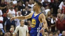 Steph Curry, 28 anni, stella di Golden State. Afp