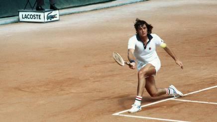 Adriano Panatta al Roland Garros. Afp