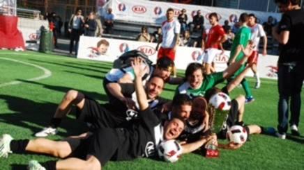 Gli Elastic Boys di Napoli, vincitori del torneo