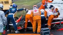 I primi soccorsi a Bianchi dopo lo schianto di Suzuka nell'ottobre 2014. Ansa