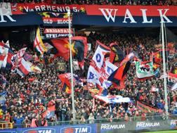La tifoseria del Genoa. LaPresse