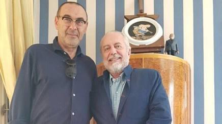 Aurelio De Laurentiis e Maurizio Sarri. Twitter