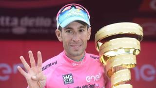 Giro d'Italia, Nibali cala il poker