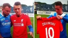 Piotr Zielinski, 22 anni, posa con la maglia del Liverpool. Canal+/Metro