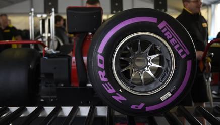 La Pirelli Ultra Soft, la pi� morbida a disposizione. Colombo