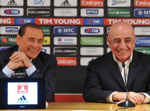 Il presidente del Milan Silvio Berlusconi con l'a.d. Adriano Galliani. Ansa