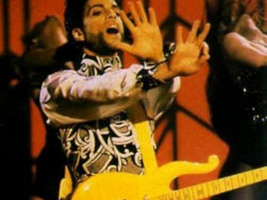 Prince con la Yellow Cloud