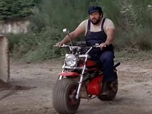 Bud Spencer sulla MotoZodiaco Tuareg 223-2
