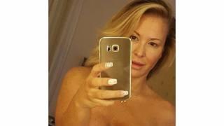 Anastacia ha vinto il tumore al seno, la prova in un selfie