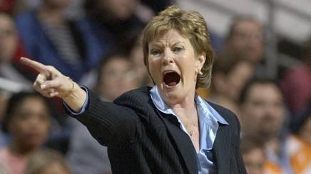 Pat Summitt, leggendaria coach di Tennessee, scomparsa a 64 anni. Reuters
