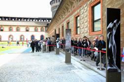 Uno dei cortili del Castello Sforzesco, a Milano. Fotogramma