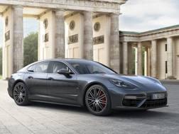 La Porsche rinnova la sua Panamera
